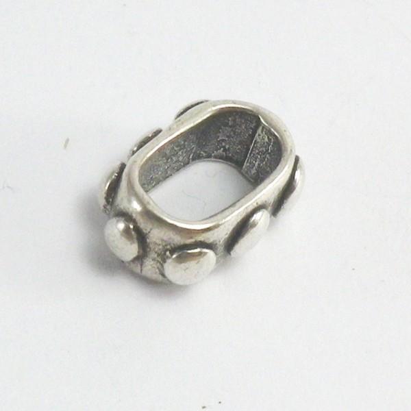 accesorio de zamak. pulsera de cuero de regaliz