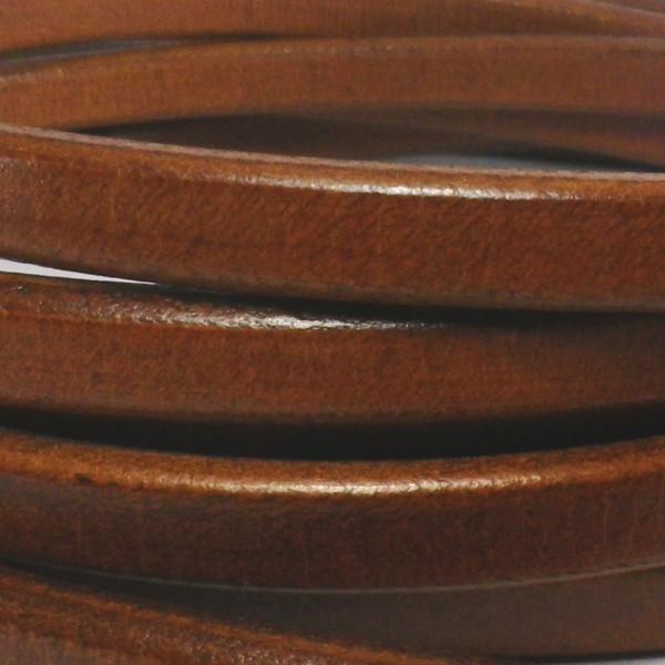 Cuero de regaliz marrón claro