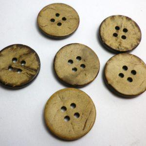 boton de madera marron